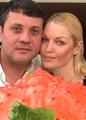 Бахтияр Салимов - Анастасии Волочковой: Ты моя женщина!