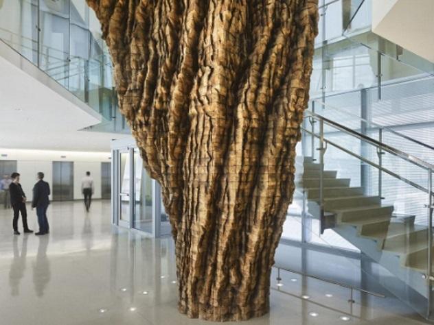Деревянная скульптура отравила 17 служащих ФБР