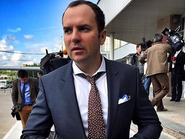 Адвокату Жорину угрожают расправой за роман с чемпионкой мира по боксу