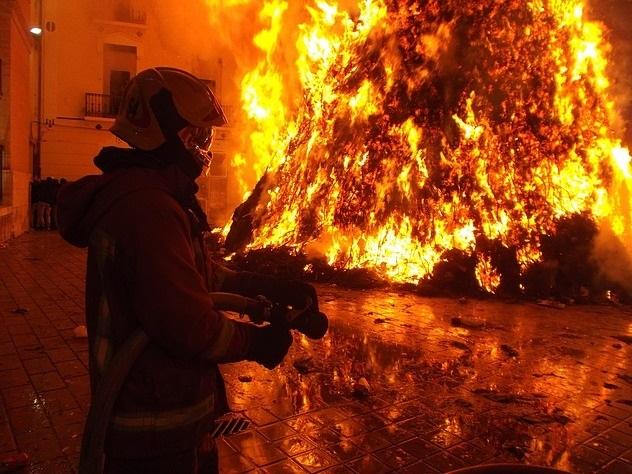 Авиадиспетчер «Внуково» зарезал свою семью и сжег квартиру