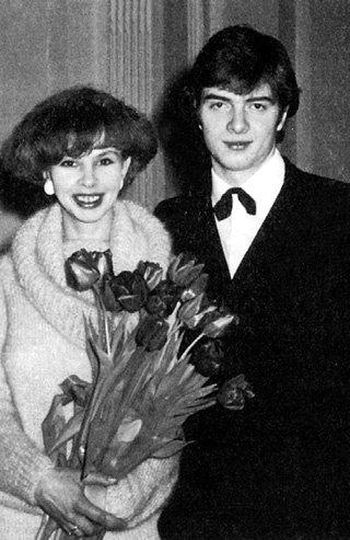 Юрий, сын Любови Ивановны, женился на коллеге по Театру юного зрителя Антонине ВВЕДЕНСКОЙ