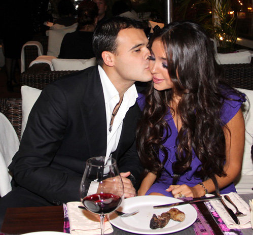 Эмин АГАЛАРОВ с супругой Лейлой