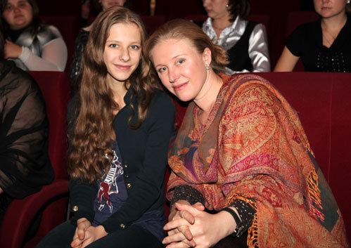 Лиза АРЗАМАСОВА с мамой Юлией