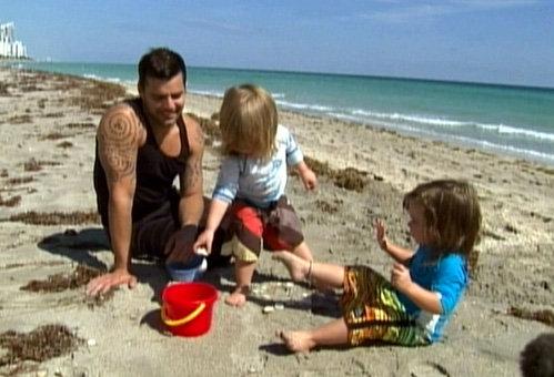 Рики МАРТИН с сыновьями