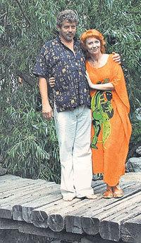 С пятым мужем Игорем ШЕПТОВЕЦКИМ (Фото с сайта www.oksanastashenko.ru)