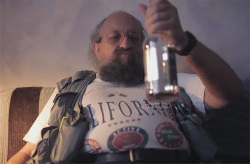 Анатолий ВАССЕРМАН (кадр из клипа «Секс и виски»)