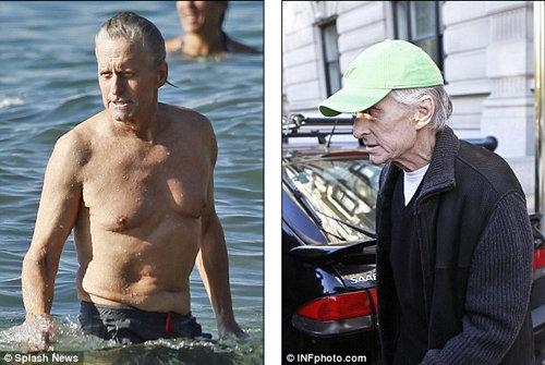 Отдыхающий на Гавайях Майкл ДУГЛАС (слева) выглядит гораздо лучше, чем в Нью-Йорке сразу после курса химиотерапии (справа).