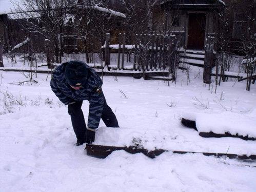 Если сдать все украденные железяки в металлолом, то тысяч 15-20 рублей выручить можно