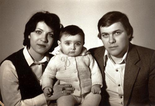 Маленький Лёша с мамой Натальей Витальевной и папой Валерием Борисовичем