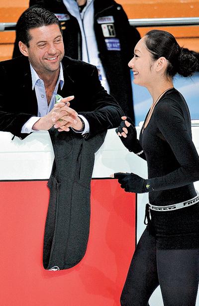 Николай и Мики говорят на языке любви (фото РИА-Новости)