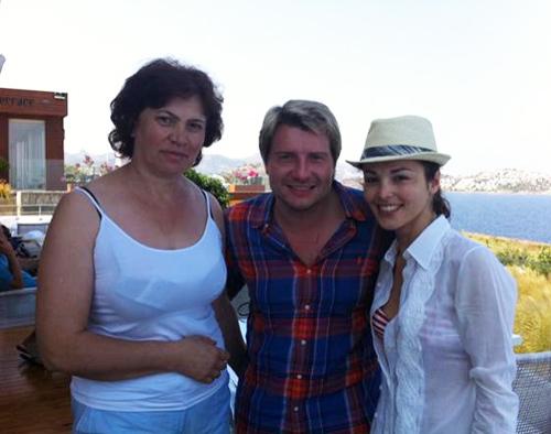 Сати КАЗАНОВА с мамой и с Николаем БАСКОВЫМ