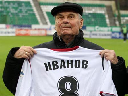 Валентин ИВАНОВ до конца своих дней был предан футболу. Фото sovsport.ru