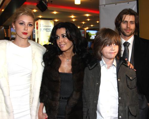 Анастасия ЗАВОРТНЮК с мужем и детьми