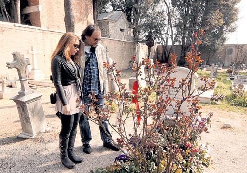 На острове Сан-Микеле Лёка и Володя посетили могилу Иосифа БРОДСКОГО