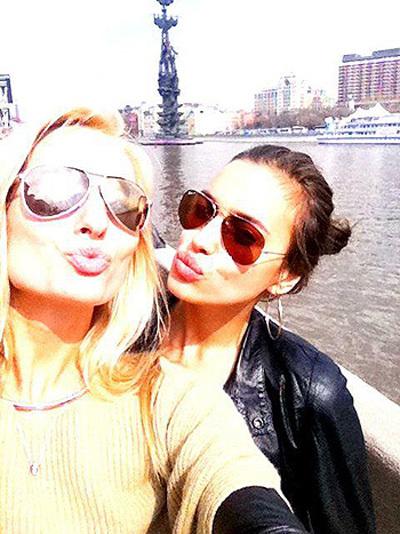 Ирина ШЕЙК с подругой