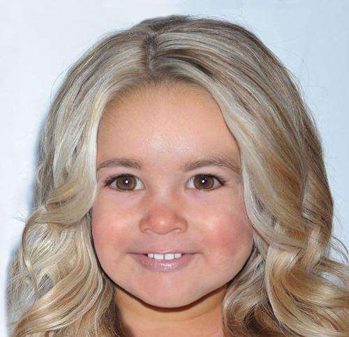 Так, по мнению фотохудожника, в будущем будет выглядеть дочка Джессики СИМПСОН.