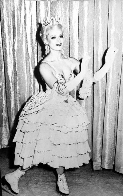 Владимир ТИХОНОВ влюбился в 17-летнюю артистку Московского балета на льду с первого взгляда