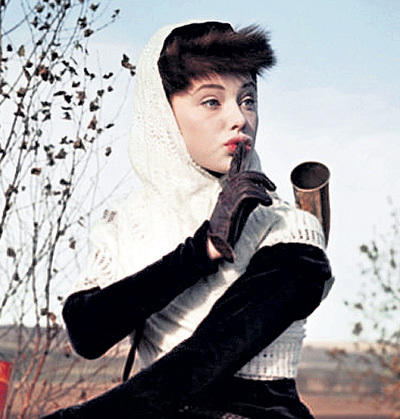 В молодости Людмила Михайловна считалась одной из самых красивых актрис советского кино. Только ее Сергей БОНДАРЧУК смог увидеть в роли Наташи Ростовой