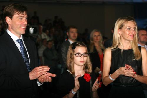 Алексей КУДАШОВ с женой и дочерью