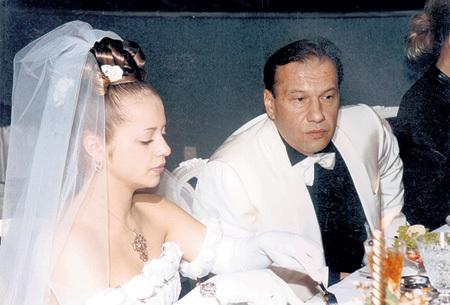 Свадьба Виктора БАТУРИНА и Юлии САЛТОВЕЦ: недолго музыка играла