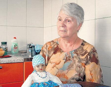 Близкая подруга СОКОЛОВОЙ Ада Михайловна считает, что мэтр жестоко обошёлся с близкими людьми