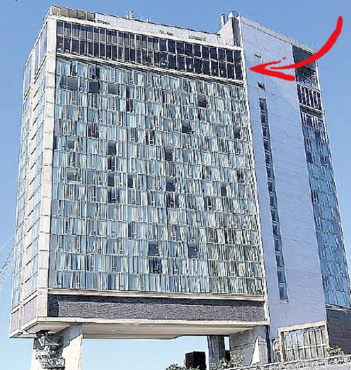 Отель «Стандарт» дал адекватный ответ Брюсселю с его писающим мальчиком