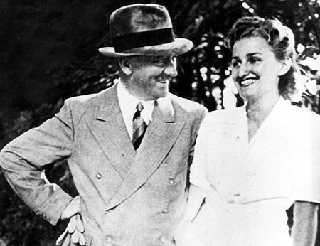 ГИТЛЕР любил Еву долгие годы, но женился лишь накануне смерти