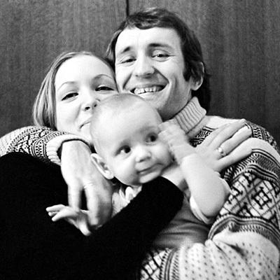 Режиссёр со второй женой Машей и их сыном Мишей. Фото: РИА «Новости»