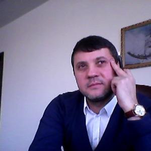 Новый возлюбленный Анастасии ВОЛОЧКОВОЙ - Бахтияр САЛИМОВ, бизнесмен из Владивостока (фото из Твиттера)