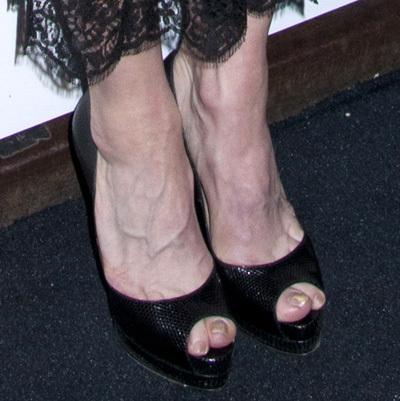 Сексуальные ножки мадонна