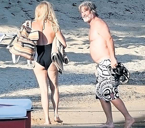 Курт и Голди - частые гости на пляжах Греции