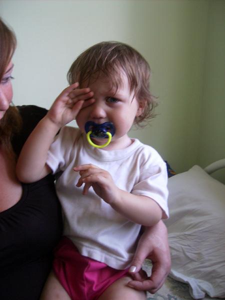 Маленькая пациентка наглоталась магнитных шариков. Малышку спасла только вовремя сделанная операция