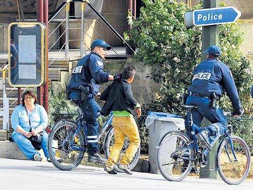 Судебное преследование несовершеннолетним не грозит, полиция может задержать их лишь на несколько часов