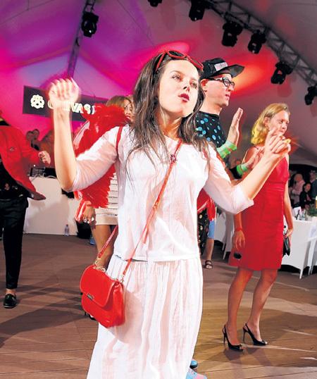 Наталья МЕДВЕДЕВА из «Comedy Woman» веселилась на всех афтерпати