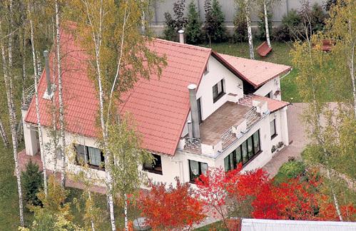 Людмила Андреевна считала, что в Валентиновке, где расположена дача, живут только порядочные люди