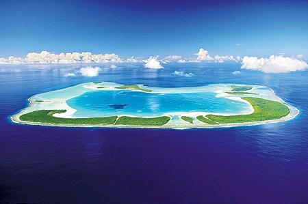 Остров Тетиароа во Французской Полинезии...