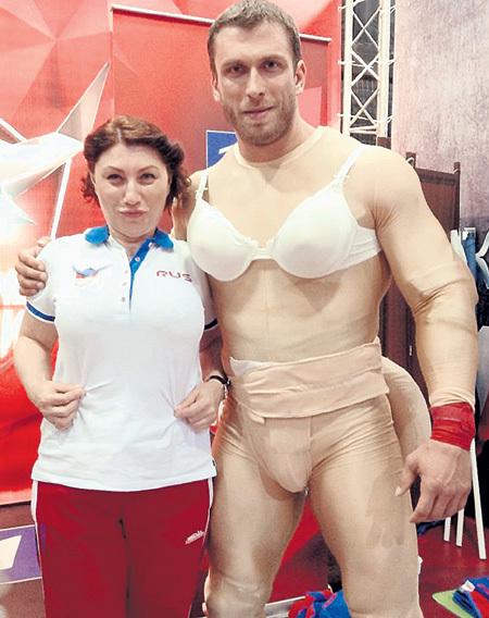 Телесваха с коллегой по «Большим гонкам» - штангистом Дмитрием КЛОКОВЫМ. Фото: Facebook.com