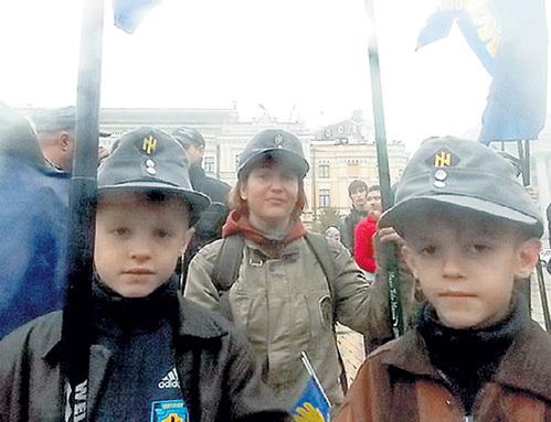 Украинским первоклашкам станут прививать ненависть к москалям. Фото: polit-show.ru