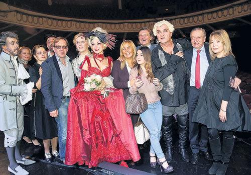 Премьера мюзикла «Территория страсти» - совместного проекта семьи МАТВЕЙЧУКОВ и БАЛУЕВА - стала ярким событием в театральной жизни Москвы