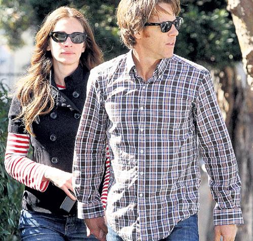 Джулия и Дэнни стали новосёлами в 2011 году, сильно сбив цену