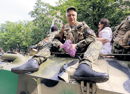 Военные эксперты считают, к августу ополченцы освободят от фашистской хунты большую часть страны. Фото Александра КОЦА/«Комсомольская правда»