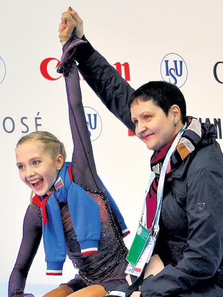 Для Лены РАДИОНОВОЙ тренер Инна ГОНЧАРЕНКО - как вторая мама. Фото: РИА «Новости»
