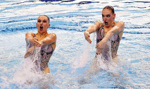 Светлана (справа) поняла, что не может подвести Наталью. Фото: © Reuters
