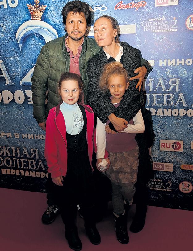 У Ольги и Павла две дочки - Варвара и Александра