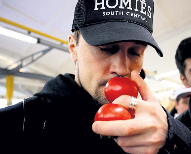 Дима БИЛАН вычисляет вкусные томаты по запаху