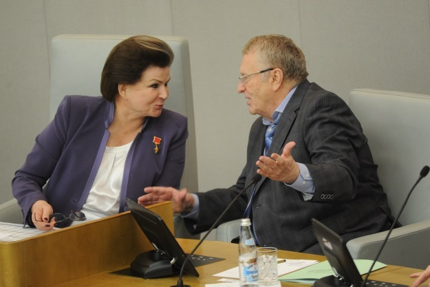 Валентина Терешкова и Владимир Жириновский (Фото: Владимир Веленгурин/
