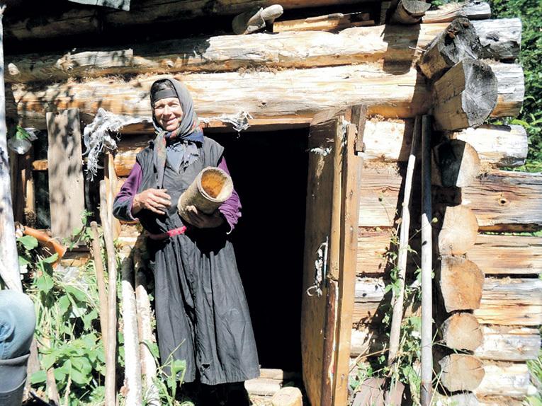 Агафья ЛЫКОВА из легендарной старообрядческой семьи, которую нашли в 1978 году в сибирской тайге. Фото с сайта Kemoblast.ru