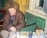 БОМЖИХА ВЕРА: уверяет, что Машу все же кормили