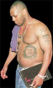 МАЙК ТАЙСОН: с татуировкой Че Гевары