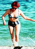 ЯДВИГА: осторожность не помешает ни на пляже, ни на сцене